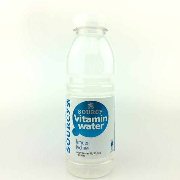 Sourcy vitamin water limoen lychee 500ml.